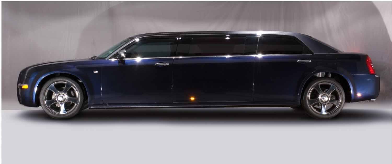 chrysler 300c limousine rolls royce phantom style 300c. Black Bedroom Furniture Sets. Home Design Ideas